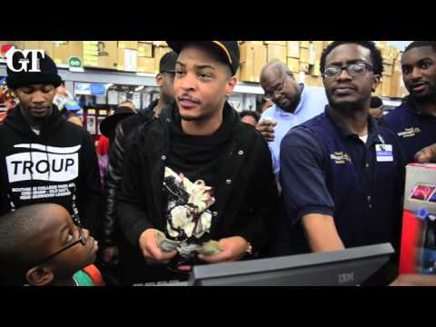 T.I.'s Christmas Eve Walmart Surprise
