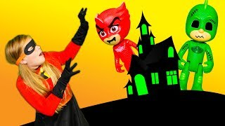 Incredibles 2 Dress Up as the Assistant is Scared by the PJ Masks Spooky Costumes