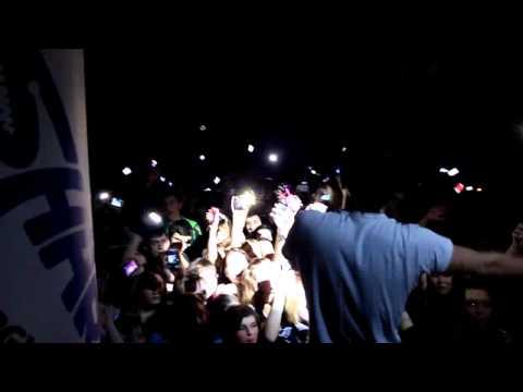 Johnyboy - Планеты тоже плачут (Live in Новосибирск (06.03.12))