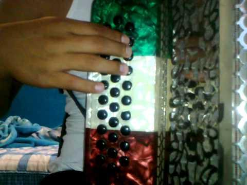tres tiros alfredito olivas acordeon instrucciona