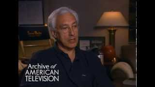 "Steven Bochco discusses discusses difficulties on the set of ""Hill Street Blues"" - EMMYTVLEGENDS.ORG"