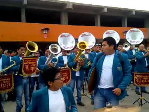 BANDA SHOW FILARMONICA LLIPA VS BANDA CENTRO MUSICAL POMAPATA-ANIVERSARIO VOZ DELOS ANDES 2015