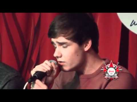 Baixar One Direction- More Than This (acoustic)