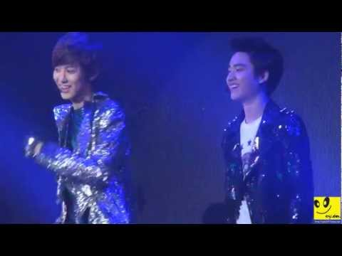 121202 Chanyeol & D.O. Angel lovely moment @ KBS Cool FM
