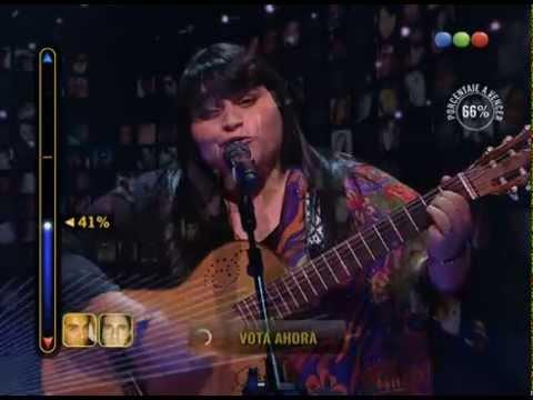 Duelo: Daiana Colamarino canta