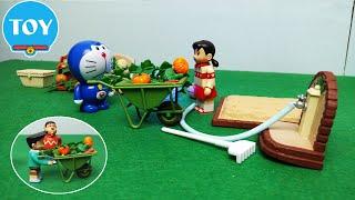 Đồ chơi Doremon -  Siêu nhân mèo máy bắt 2 kẻ trộm bí đỏ giúp Xuka