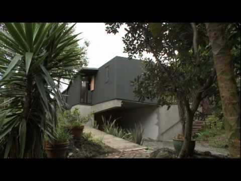 Kare Kare House by Michael O'Sullivan - Home of the Year 2011, New Zealand