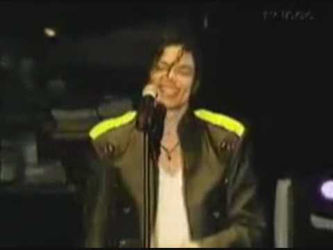 Michael Jackson - Way Cute Onstage Moments