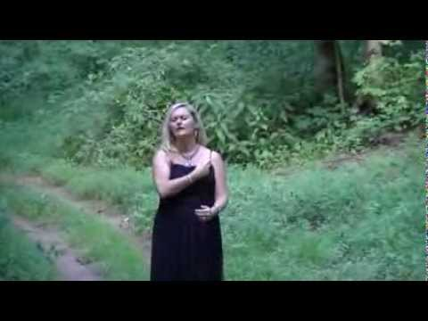 Hail to the King by Don Moen in ASL