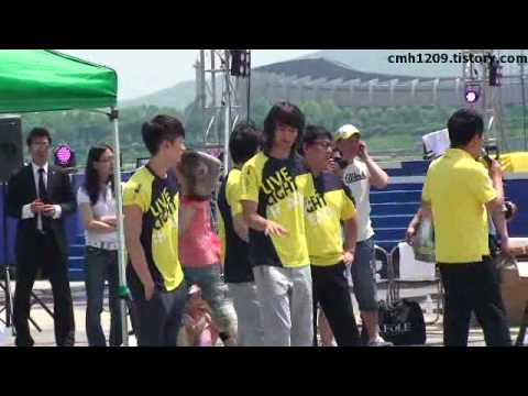 minho & eunhyuk dance without u @dream team recording 100602