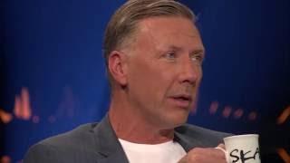"""Mikael Persbrandt gästar Skavlan """"Mitt missbruk var mycket värre""""   SVT/NRK/Skavlan"""