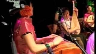 Red Chamber - 红庭 Red Chamber / Akasha: 瑶族舞曲 Yaozu Wuqu