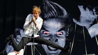 The Hives - Tick Tick Boom at Reading 2014