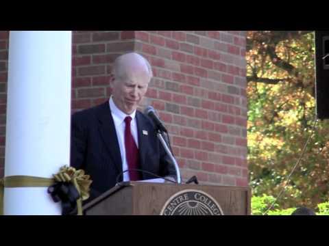 Bob Brockman '63 speaks at Young Hall dedication