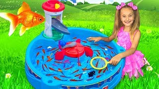 Sasha Catches Real Fish with fishing Water Toys