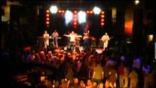 Bekijk video 1 van B2B band op YouTube