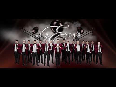 Banda La Ejecutiva - Algo Bien (Video Lyric Oficial)