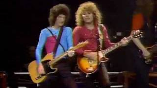 REO Speedwagon - Ridin' the Storm Out (1981)