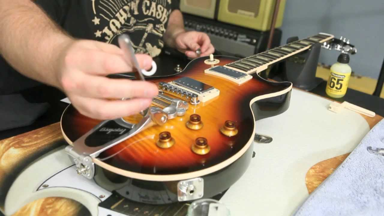 how to install a bigsby b7 and vibramate v7 on gibson les paul standard by scott sill youtube. Black Bedroom Furniture Sets. Home Design Ideas
