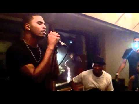 Trey Songz performs 'Can't Be Friends' Live Intimate Show