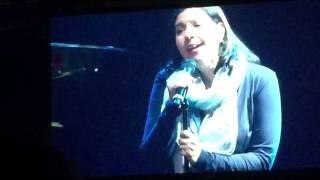 Kristen Anderson-Lopez singing Let It Go
