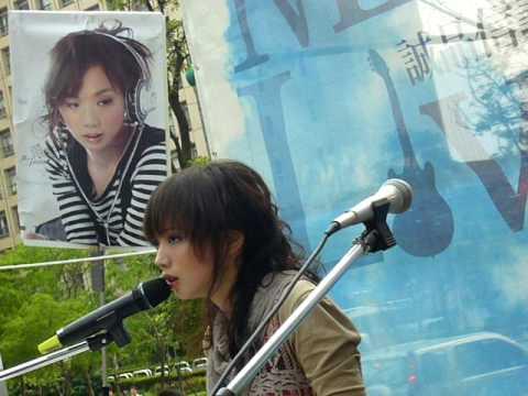 庭竹-2007/5/6-04-遠方的祝福