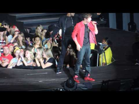 Baixar Austin Mahone - What About Love (Live -  Taylor Swift Red Tour)