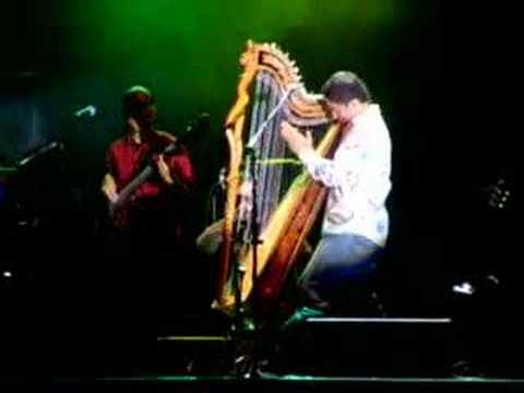 Lila Downs y Celso Duarte -La iguana-