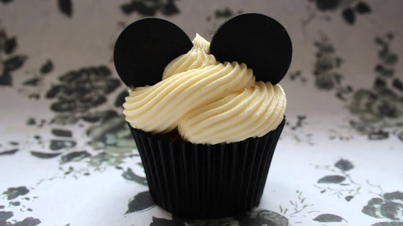 Cupcake Ideas: Disney Theme Cupcake and Lovely Mami