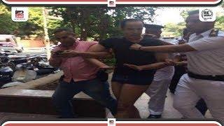 لحظة محاولة تفجير السفارة الامريكية بالقاهرة والقبض على الارهابي ...