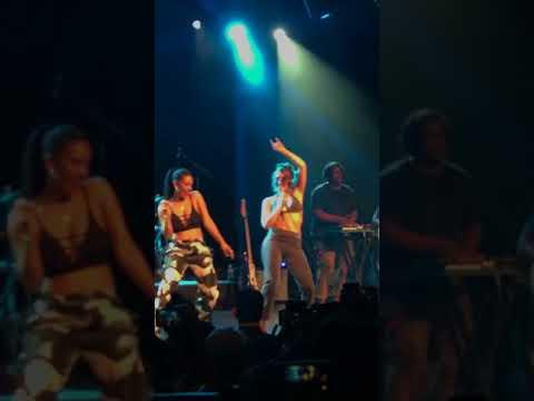 Kali Uchis - Tyrant feat. Jorja Smith live