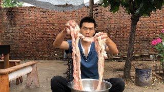 【食味阿远】59块钱买了4斤猪大肠,阿远做的水煮肥肠,老爸大伯都说没吃够   Shi Wei A Yuan