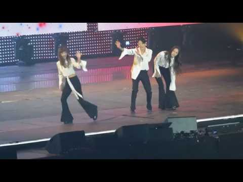160602 KCON Paris f(x) 에프엑스 - Talk+Amber 엠버 Shake That Brass (feat I.O.I. Chungha) HQ