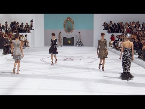 Fall-Winter 2014/15 Haute Couture CHANEL Show