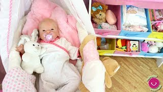 Rutina de todo el día de la bebé Lindea Reborn en Sorpresas Divertidas