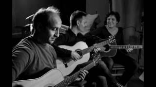 Areti Kokkinou - Manolis Chioti's Floga (the flame-misirlou) by guitar trio