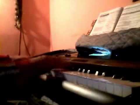 Cumbia Norteña(stilo Sombras) en Teclado Arreglista Casio.WMV