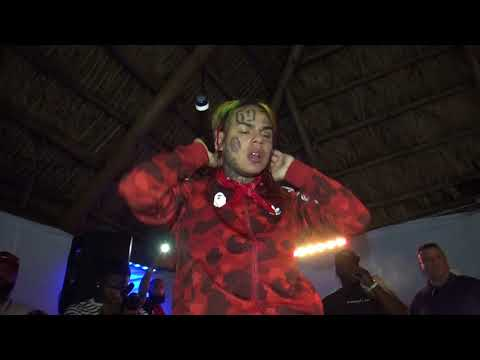 6ix9ine - Performance in Tampa 7/29/18 Green Gators vd 1