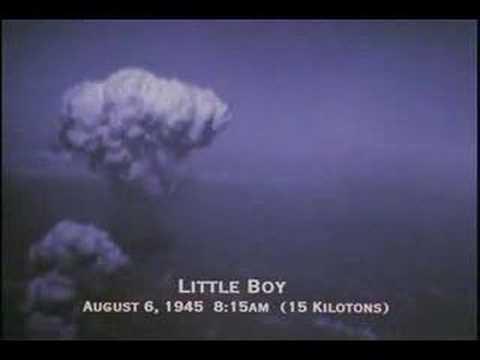 """9 Август 1945 -  Японският град Нагасаки е унищожен от атомната бомба с кодово име """"Дебелака"""", хвърлена от американски бомбардировач B-29"""