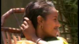 Hachalu Hundessa - Sanyii Mootii (Oromiffa)