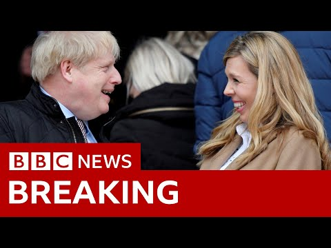 Boris Johnson and fiancee announce birth of son - BBC News