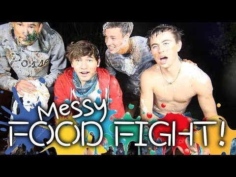 4 Guys Get Messy   FOOD FIGHT - Smashpipe Entertainment