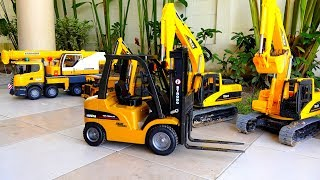 Construction Vehicles Car Toy Pretend Play Excavator Video for Kids