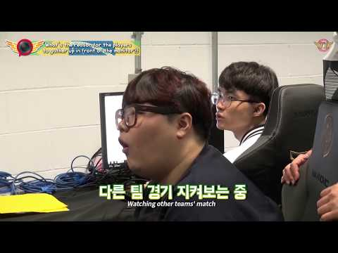 EP.23 What's the reason for the players to gather up in front of the monitor?![T1 Camera]
