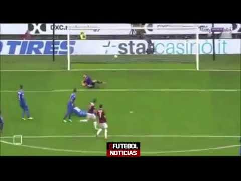 Bonaventura solo ghi bàn từ giữa sân biến các hậu vệ Fiorentina thành trò hề