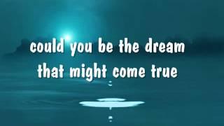 DEJA VU - Dionne Warwick (Lyrics)