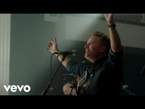 Chris Tomlin - Holy Roar (Live From Church)