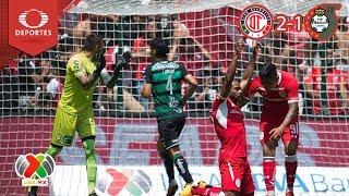 Los Santos oyen las plegarias del Toluca | Toluca 2 - 1 Santos | A 2018 - J8 | Televisa Deportes