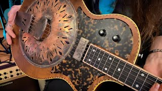"""DOWN & DIRTY BLUES MACHINE! • Unboxing The """"MAVIS"""" from Mule Resophonic Guitars"""