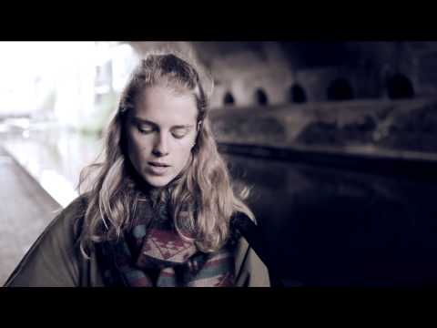 Marika Hackman - Itchy Teeth (acoustic)